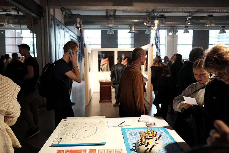 ddw15_Design-academy_visitors