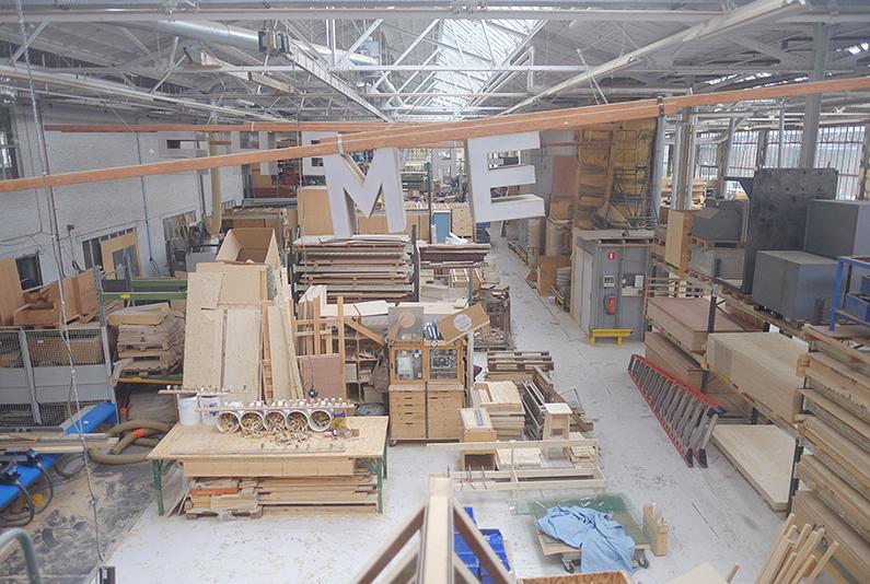 ddw15_Piet-Hein-Eek_factory2