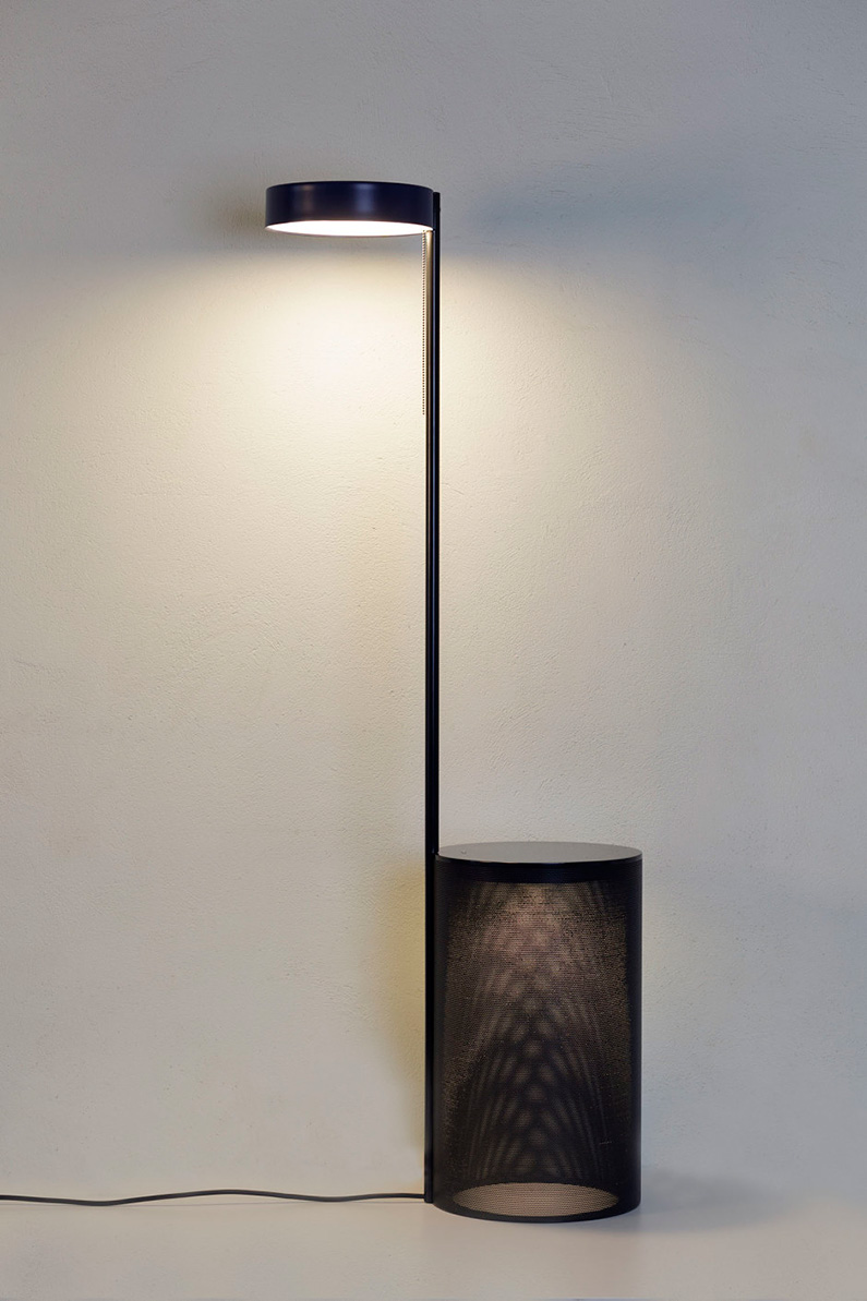 Floor-lamp-table-TWO_Majo