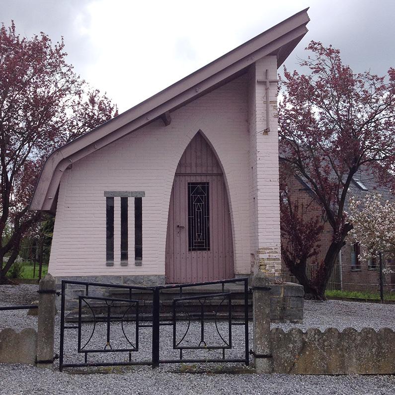 Belgian-Ardennes_pink-chapel